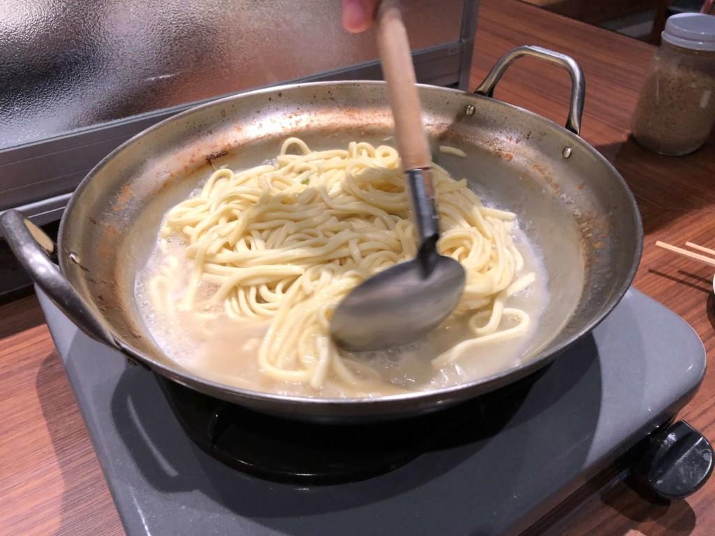 呉服町のもつ幸のもつ鍋のシメ(ちゃんぽん麺)