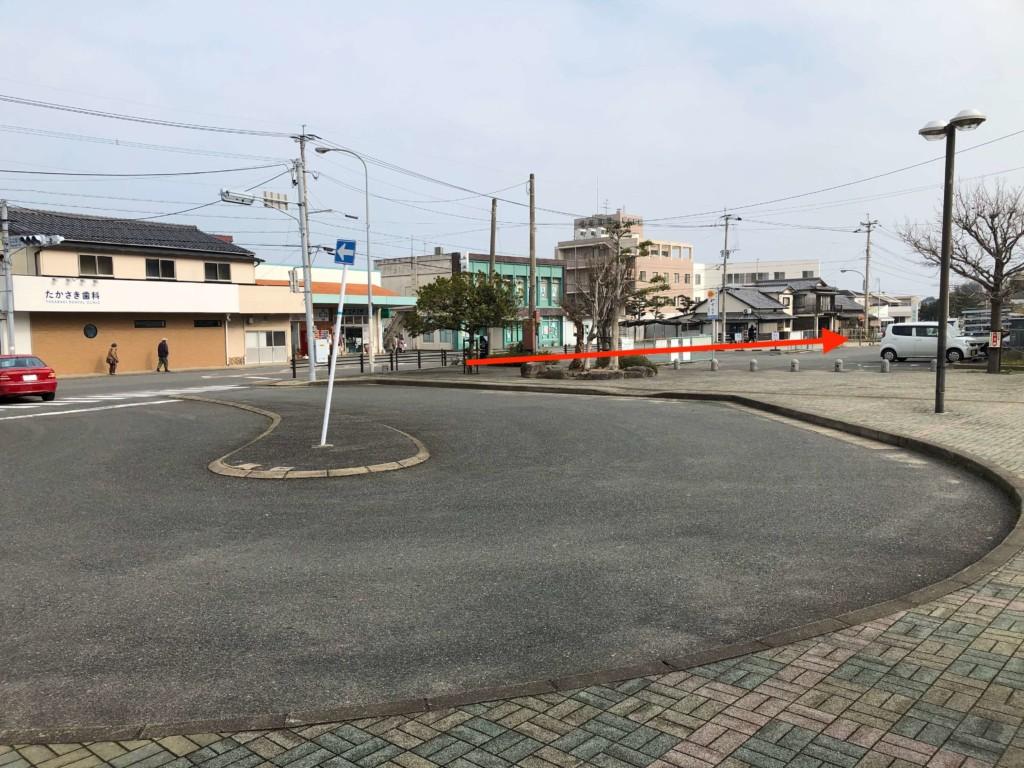 福吉駅のロータリー