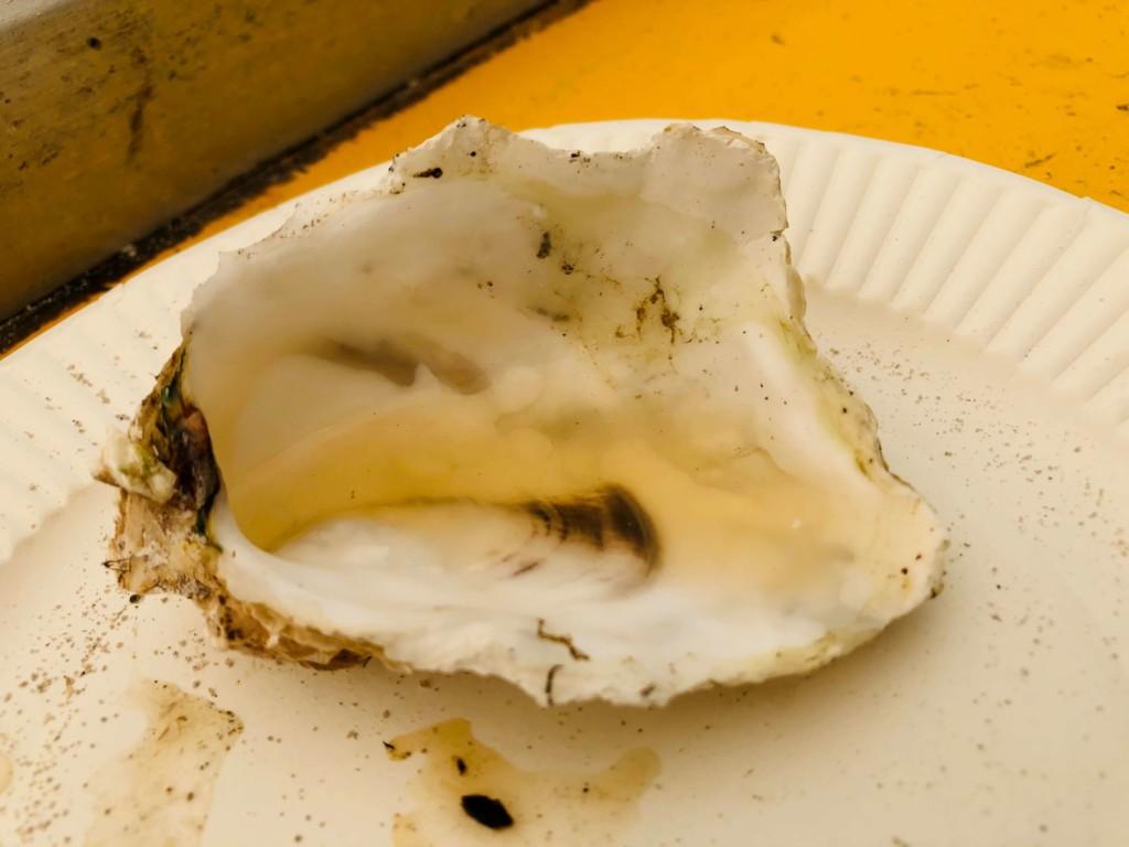 福吉漁港の牡蠣小屋「カキの阿部 飛龍丸」の牡蠣スープ
