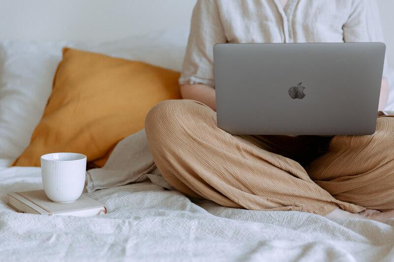 【テレワークで仕事が進まない?】知っておきたい在宅勤務の仕事術とマストアイテム【フルリモートワーク4ヶ月目の私が実践】