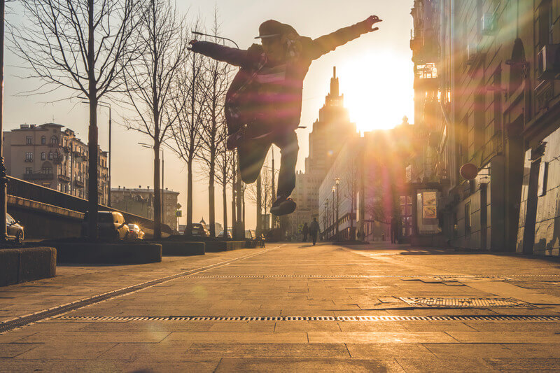 定期的な自己分析と成長の見える化で仕事への自信を持つ