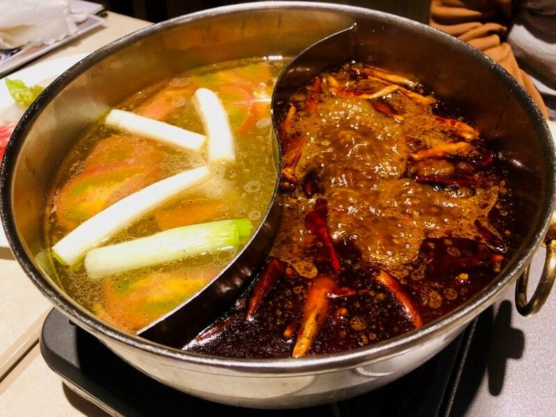 中国大明火鍋城の火鍋