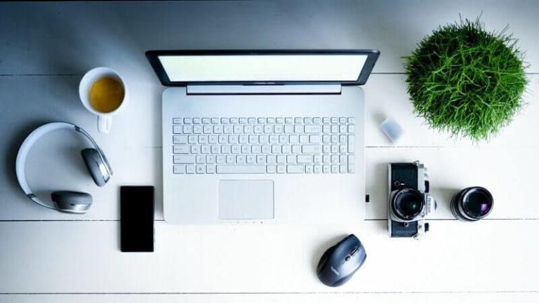 【ブログ更新頻度は?】サラリーマンしながらのブログ収益化について【記事数100突破】